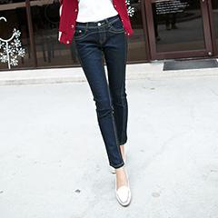 0225新品 細瘦纖感~嚴選立體剪裁顯瘦深色牛仔窄管褲