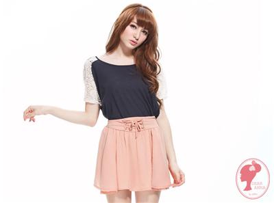 【春氛特賣】蕾絲拼接大圓領蝴蝶袖上衣.3色