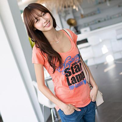 0624新品 TOP焦點~閃閃亮片裝飾撞色字母大圓領T恤‧3色