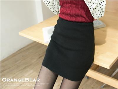 0211新品 性感致勝~人氣百搭素面感嚴選針織A字窄裙.2色