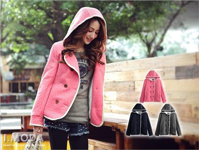 保暖時尚~撞色滾邊雙排釦內鋪毛菱紋連帽外套‧3色