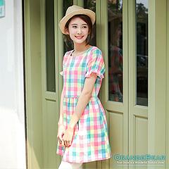 0917新品 繽紛甜美~小荷葉邊公主袖彩格紋洋裝‧2色