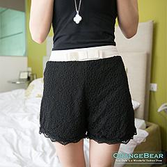 0925新品 浪漫盛宴~法式古典風味蕾絲花朵短褲.2色