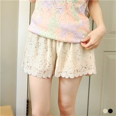 0601新品 甜美Lena~布蕾絲彈性腰圍短褲•2色