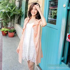 0326新品 質感名媛~V領優雅開襟翻領層次排釦洋裝‧2色
