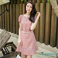 0926新品 簡約美人~鏤空線條花紋設計公主袖洋裝‧2色