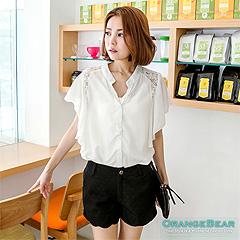 0616新品 優雅名伶~蕾絲肩拼荷葉袖雪紡襯衫‧2色