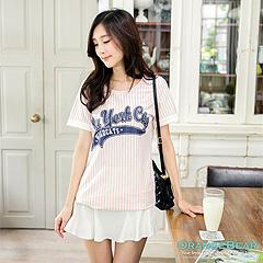 0822新品 美式時尚~NYC燙印圖條紋棒球風長版上衣.2色