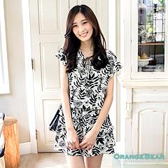 1020新品 清爽風情~黑白花草印花層次綁帶雪紡洋裝