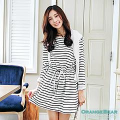 1024新品 悠閒好感~橫條紋蕾絲反折袖洋裝‧2色