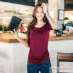0901新品 素淨格調~寬領絲柔貼身抓皺七分袖上衣.6色