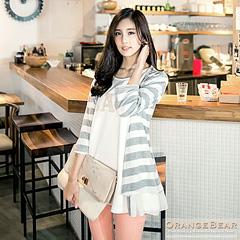 1024新品 輕雅格調~珍珠裝飾條紋拼接雪紡開襟長版外套.3色