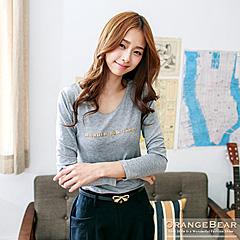 0129新品 簡潔細膩~素色立體英文字母燙金裝飾長袖上衣.3色