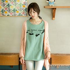1017新品 可愛暖活~內輕刷毛小精靈英文燙印長袖T恤.2色
