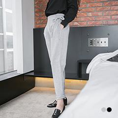 1022新品 高雅知性~側邊綁帶裝飾打褶修身哈倫褲.2色