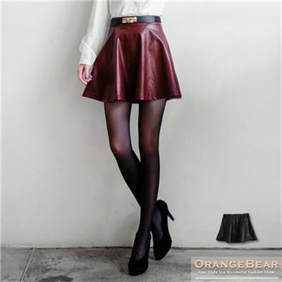 0202新品 品味格調~圓襬剪裁修身皮革短裙.2色