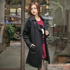 1029新品 氣質俐落~附腰帶翻領雙排釦斜紋布長版外套.2色