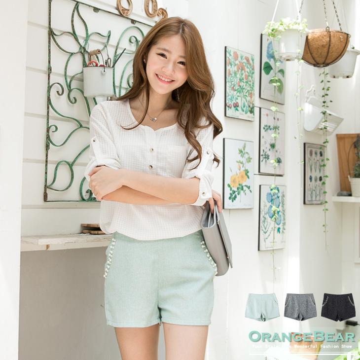 風尚雅緻~混色面料珍珠點綴打褶修身短褲.3色