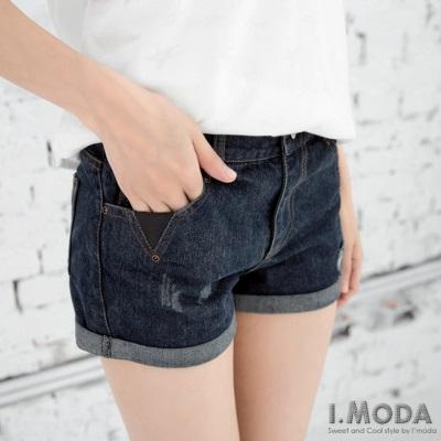 0525新品 玩酷必備~破損造型皮革點綴牛仔短褲.1色