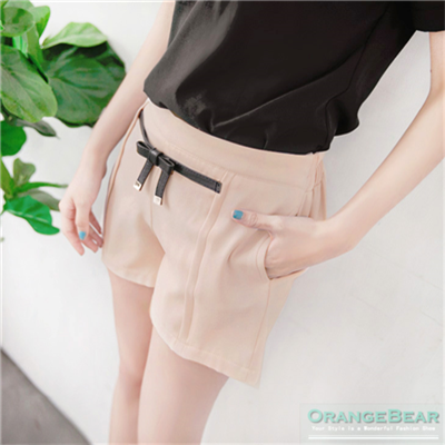 優雅滿載~假蝴蝶結皮帶造型打摺修身短褲.2色