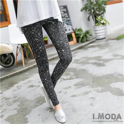 0525新品 耀眼LOOK~潑漆感星光造型內搭褲.1色