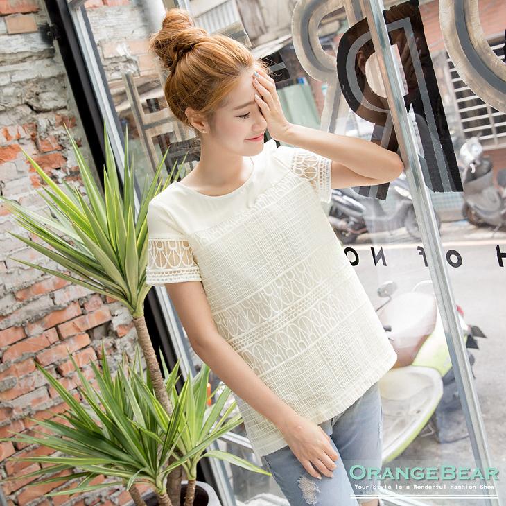 0814新品 雅緻細膩~高端白色刺繡蕾絲設計前短後長上衣