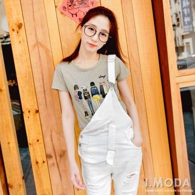 0630新品 休閒時尚~圓領純色時尚穿搭人物燙印T恤.2色