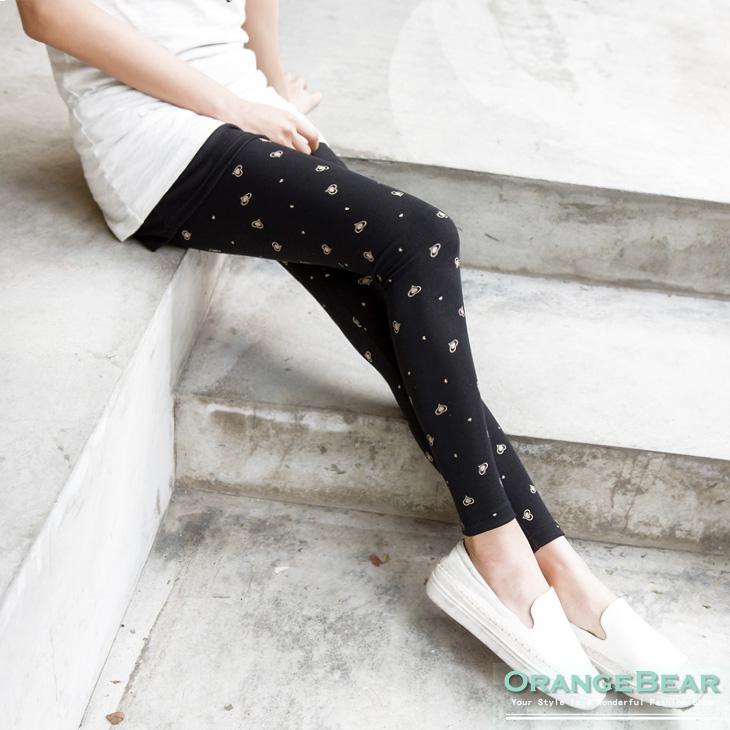 可愛俏皮~愛心燙印圖案舒適彈性內搭褲.2色