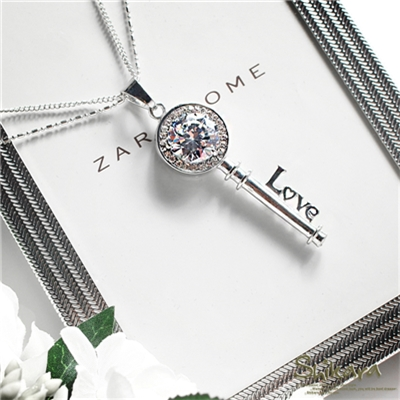 0628新品 【特價款】 輕甜氣質~閃耀水鑽Love鑰匙雙圈項鍊.1色