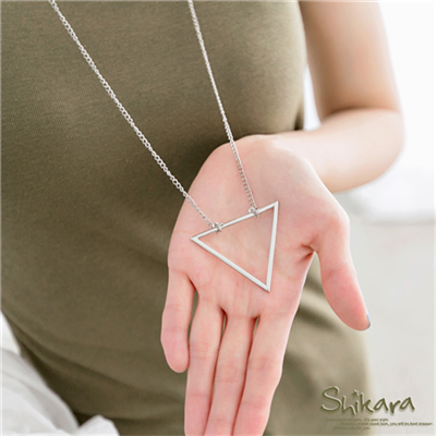 0716新品 高雅簡約~簡約三角幾何圖形垂墜項鍊.2色