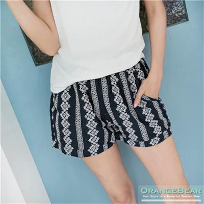 民族風情~直條圖騰刺繡鬆緊顯瘦短褲