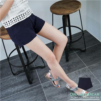 0420新品 舒適好穿~素色質感面料立體打褶短褲.2色