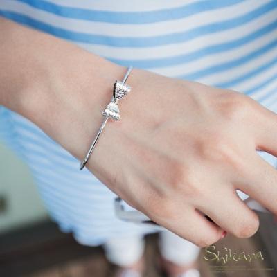 0721新品【特價款】 精緻甜美~金屬立體蝴蝶結造型?手環.2色