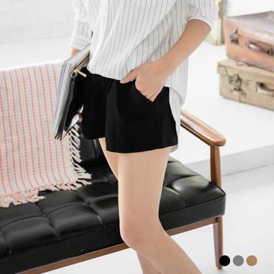 0115新品 嚴選質感仿毛料打摺設計短褲.3色