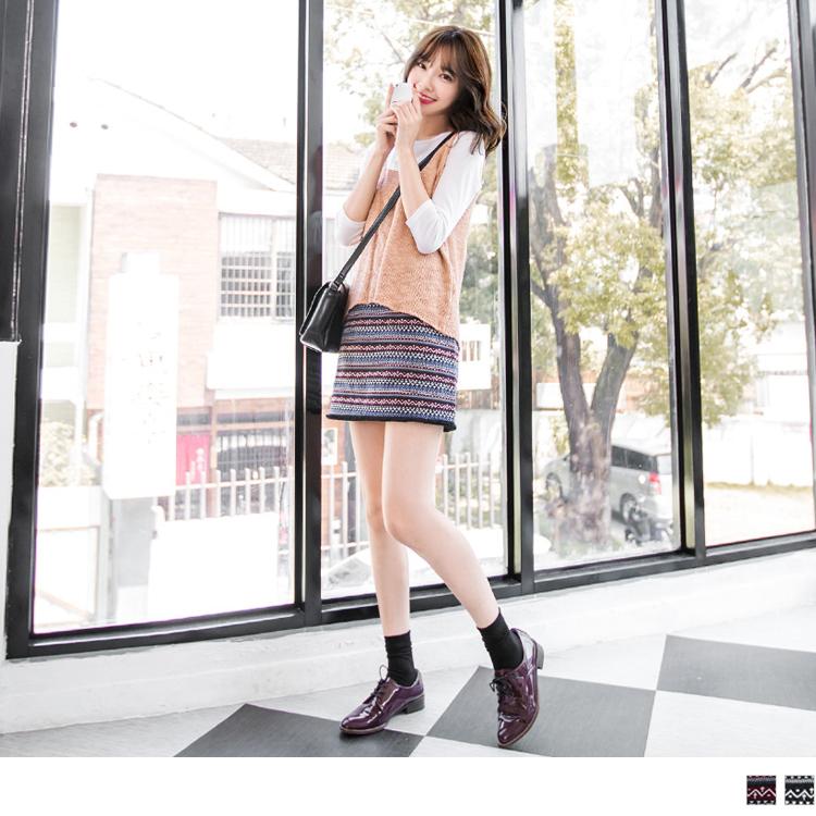 民俗風印花抽鬚合身短裙.2色