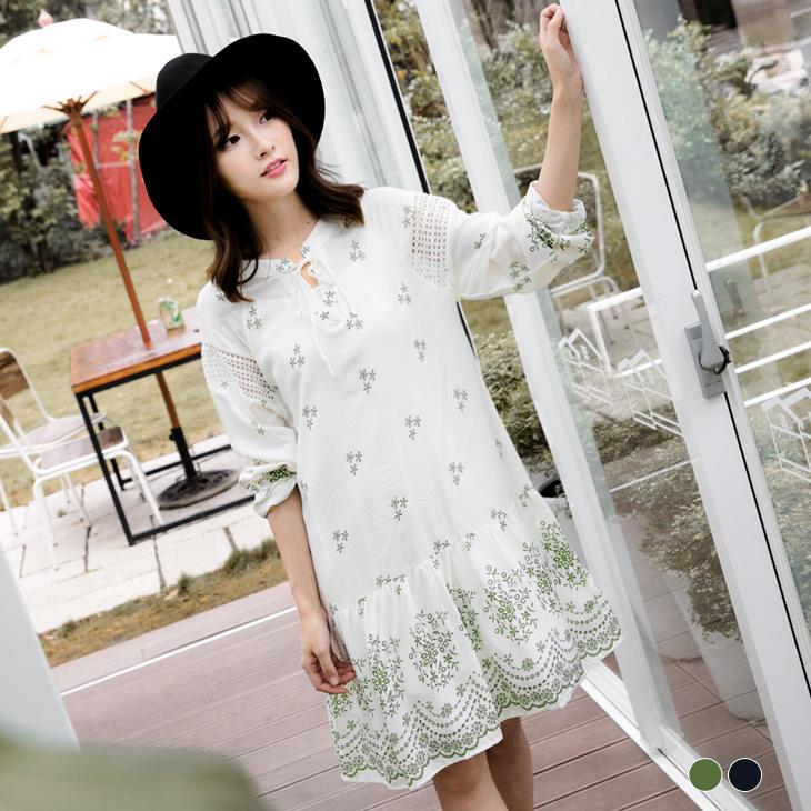 0224新品 綁帶V字領質感印花拼布蕾絲洋裝.2色