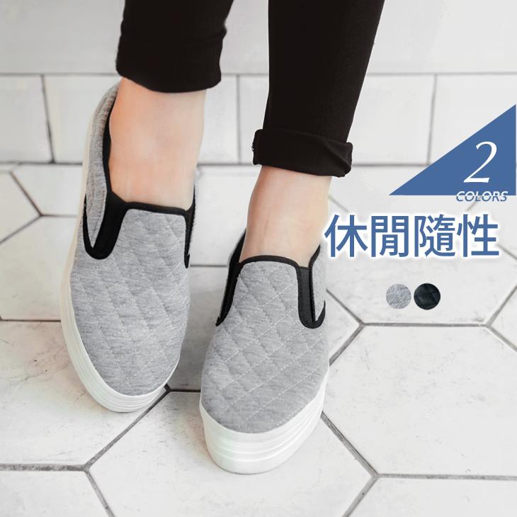0412新品 菱格壓紋仿皮革+布面休閒樂福鞋.2色