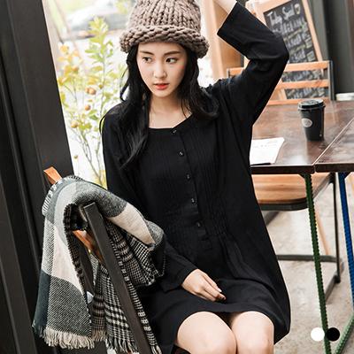 0304新品 素色輕柔感開襟打褶洋裝.2色