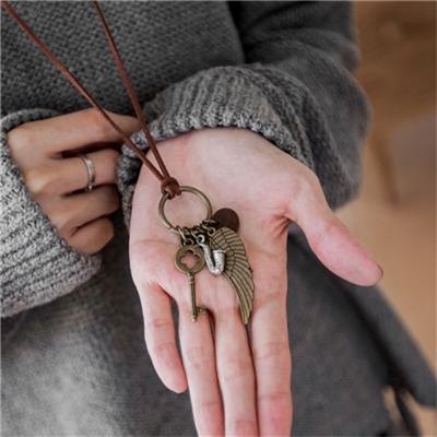 1027新品 復古仿舊金屬鑰匙羽毛墜飾項鍊