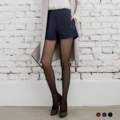 兩側交叉造型鬆緊短褲.3色