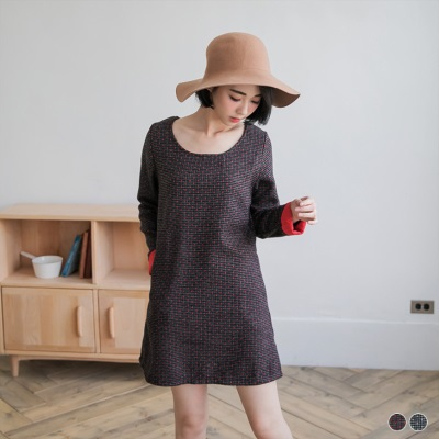 1218新品 滿版混織點點配色反褶袖洋裝.2色
