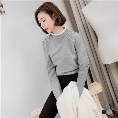 0225新品 素色仿毛料細褶立領珍珠點綴上衣.2色