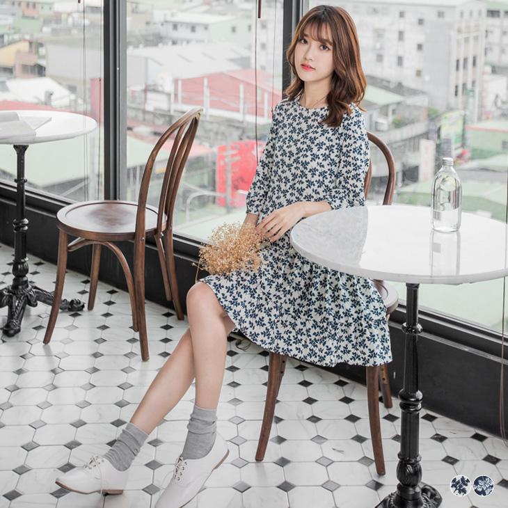 0511新品 混紡小碎花七分袖圓ob嚴選 退貨領洋裝.2色