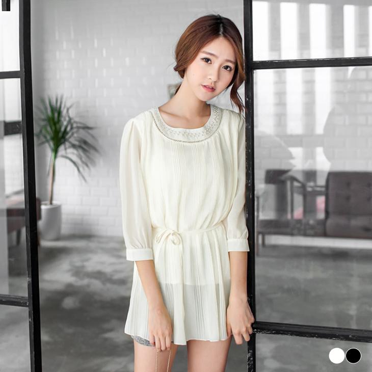 0302新品 附腰帶珍珠素色雪紡百褶層次七分袖長版上衣.2色