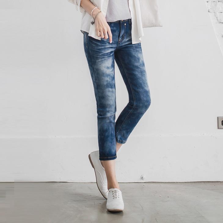 040ob 品質1新品 元氣少女~嚴選心型拉鍊飾抓皺彈性反折七分牛仔褲
