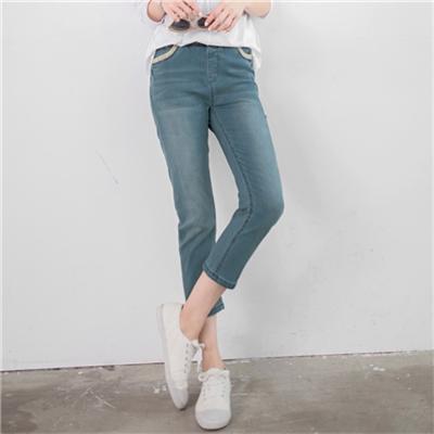 0628新品 復古女孩~小碎花滾邊仿舊刷色反褶七分牛仔褲