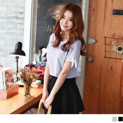 素色袖口蝴蝶结設計上衣.2色