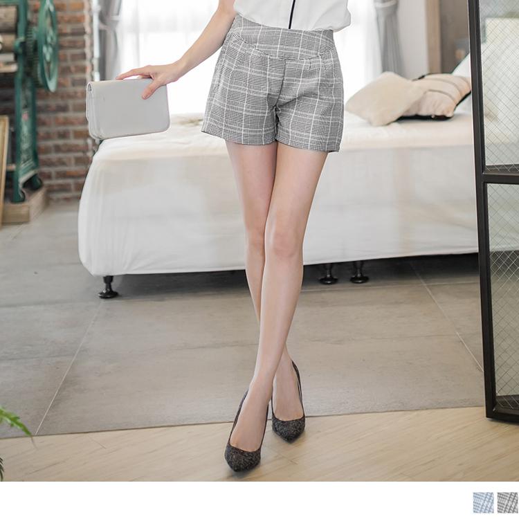 0415新品 經典重現~格紋質感舒適打褶短褲.2色