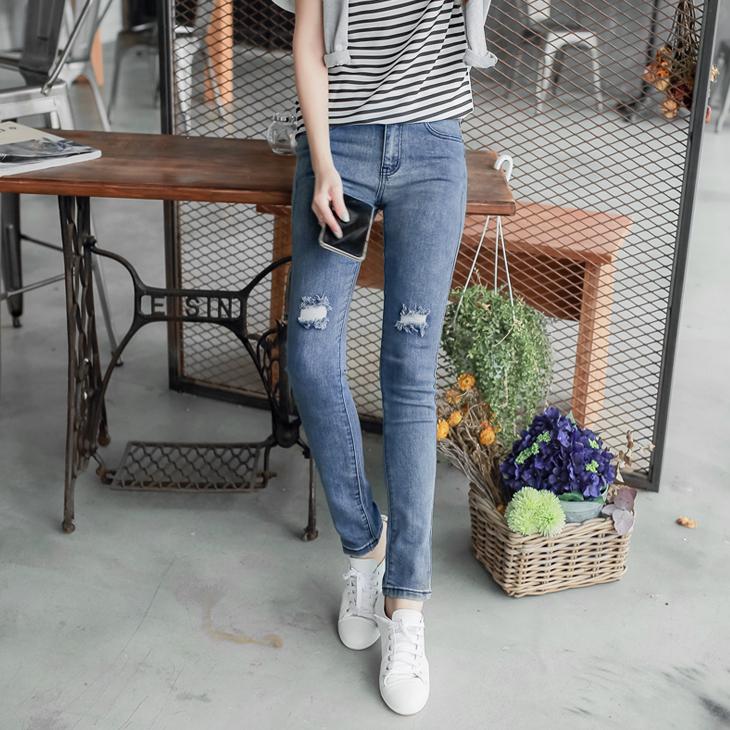 0412新品 抓破造型X復古刷色窄管牛仔褲