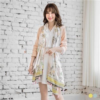 0613新品 花朵圖案流蘇點綴圍巾.2色